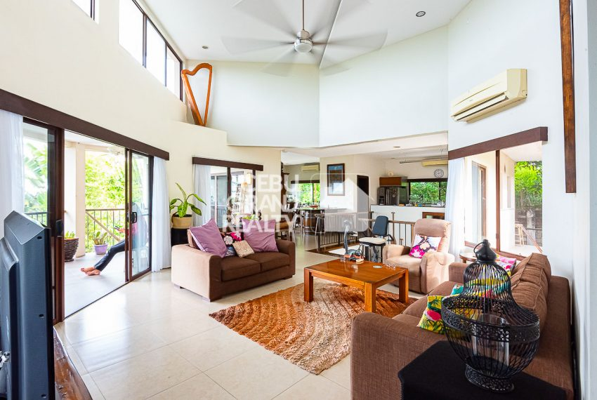SRBSH3 Overlooking House for Sale in Silver Hills - Cebu Grand Realty (18)