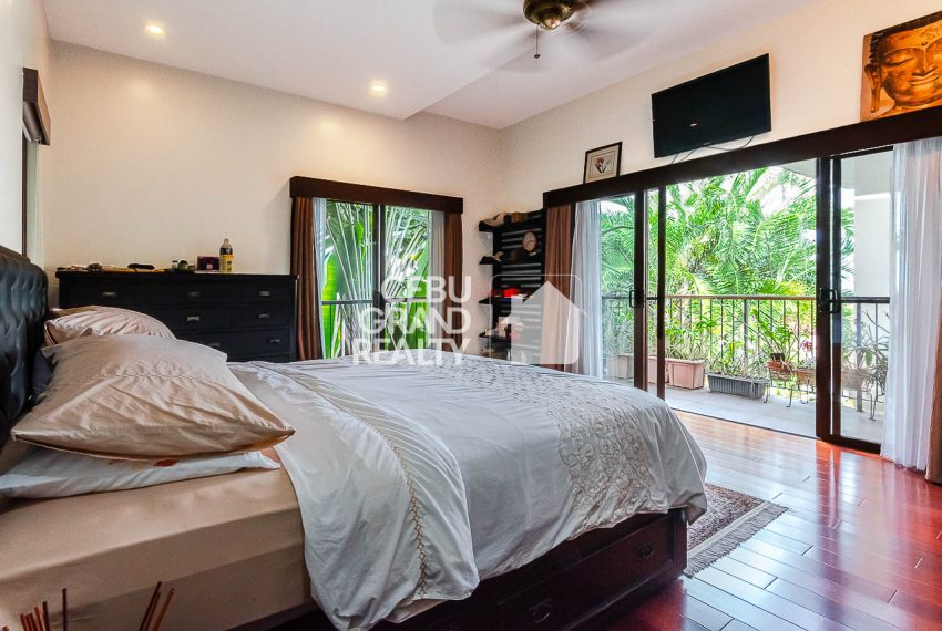 SRBSH3 Overlooking House for Sale in Silver Hills - Cebu Grand Realty (23)